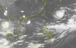 Áp thấp nhiệt đới trên Biển Đông đang suy yếu