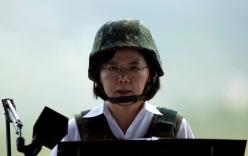Bà Thái Anh Văn lãnh đạo tập trận chống Trung Quốc