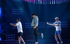 Bi Rain được bảo vệ nghiêm ngặt đến sân khấu Hoa hậu tổng duyệt
