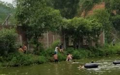 Hai cha con chết đuối khi bơi ở hồ nước gần nhà