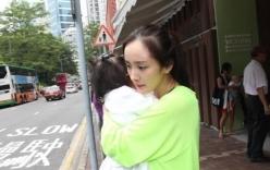Dương Mịch lần đầu xuất hiện cùng con gái sau tin đồn bỏ rơi con