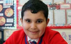 Cậu bé 6 tuổi thi đỗ chứng chỉ của học sinh lớp 9 sau 6 tháng ôn thi
