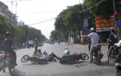 Bắt khẩn cấp cô gái cùng bạn trai đâm gục nam thanh niên giữa phố