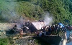 Xe đầu kéo lật xuống vực, tài xế chết cháy trong cabin
