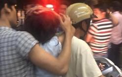Xác minh clip người mang sắc phục công an kéo lê một phụ nữ bán hàng rong