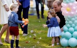 Hoàng tử bé nước Anh cùng em gái vui chơi ở Canada
