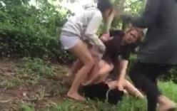 Phẫn nộ clip cô gái trẻ bị đánh hội đồng, lột đồ giữa rừng