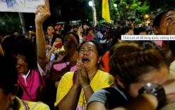 Người dân Thái Lan òa khóc vì quốc vương qua đời