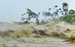 Bão số 7- bão Sarika giật cấp 16 cách Quảng Ninh- Hải Phòng 470km