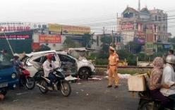 Hà Nội: Tàu hỏa đâm trực diện ô tô, 4 người chết, 3 người nguy kịch