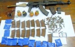 9X buôn bán ma túy tàng trữ súng cùng hơn 150 viên đạn