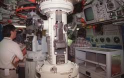 Tàu ngầm hạt nhân Mỹ tới Nhật