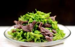 Ngon miệng bữa cơm chiều với thịt bò xào hoa thiên lý