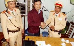 CSGT Đồ Sơn trả lại gần 80 triệu đồng cho người dân