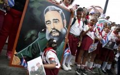 Hàng vạn người Cuba tiễn biệt lãnh tụ Fidel Castro về nơi an nghỉ cuối cùng