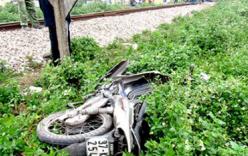 Nghệ An: Tàu hỏa đâm xe máy, 1 người bị thương nặng