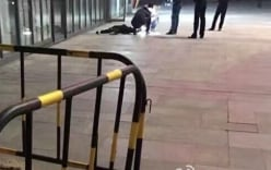Vợ nhảy từ tầng 28 tự tử, chồng chỉ lo cứu bồ nhí