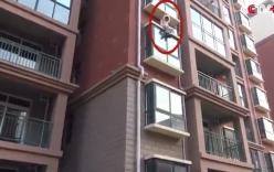 Clip nghẹt thở với màn đu dây giải cứu cô gái đòi tự tử