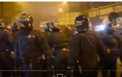 Live stream cảnh bạo động vì không được tập gym trong tù