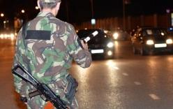 Video: Cảnh sát Nga đấu súng gay cấn với khủng bố trên đường phố