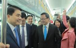 Lãnh đạo Hà Nội trải nghiệm xe buýt nhanh BRT trong ngày khai trương