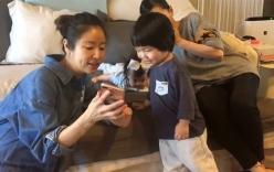Lâm Tâm Như khoe ảnh vui vẻ bên con trẻ