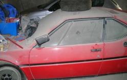 Vô tình tìm thấy siêu xe nửa triệu đô vứt xó hàng chục năm trong garage