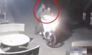 Video: 2 cẩu tặc dùng súng điện bắt chó ở miền Tây