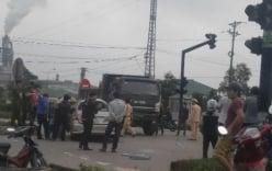 Xe ô tô chở vợ chồng chủ nhiệm UB kiểm tra tỉnh Quảng Trị gặp tai nạn