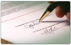 Vợ giả chữ ký lãnh đạo xác nhận hồ sơ cho chồng đi học