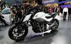 Honda giới thiệu xe môtô tự lẽo đẽo đi theo chủ nhân