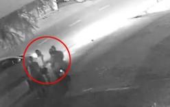 Video: Cô gái bị cướp giật túi xách kéo lê ở Sài Gòn