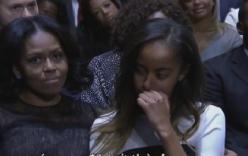 Video: Con gái Obama bật khóc trong bài diễn văn của cha
