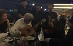 Video: Thưởng thức tài guitar của Ngoại trưởng Mỹ John Kerry