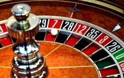 Chính phủ ban hành nghị định, cho thí điểm người Việt chơi casino