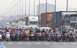 Năm 2017 sẽ đề xuất mở rộng đối tượng nộp phí bảo trì đường bộ