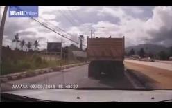 Người phụ nữ sống sót thần kỳ sau khi ngã chui vào gầm xe tải 20 tấn