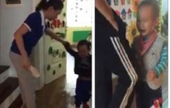 Đuổi việc hai cô giáo dùng dép đập vào đầu bé trai 2 tuổi