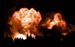 Hỏa hoạn khiến kho chứa 2.000 bình gas nổ suốt 2 giờ