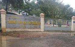 10 nữ sinh bị con trai cô giáo sàm sỡ khi đi học thêm
