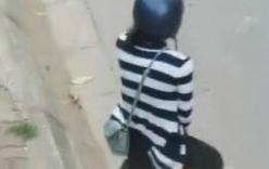 Xôn xao clip bắt bạn gái quỳ gối giữa đường xin lỗi