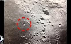 Phát hiện dấu vết tàu lạ trên Mặt Trăng, NASA bị tố che giấu