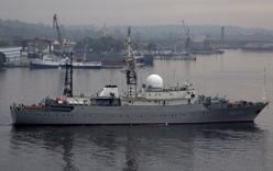 Tàu Hải quân Nga áp sát căn cứ tàu ngầm Mỹ