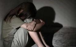 Truy tố thiếu niên 15 tuổi hiếp dâm bé gái 7 tuổi