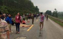 TNGT nghiêm trọng: Hai mẹ con tử vong, hai học sinh bị thương nặng