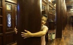Cận cảnh ngôi nhà sàn gỗ lim lớn nhất Việt Nam, trị giá 200 tỷ đồng