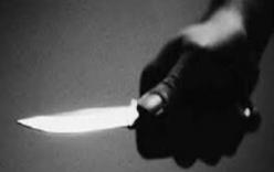 Cha nhậu say gây gổ bị con gái 19 tuổi đâm tử vong