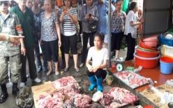 Chị bán thịt lợn bị hắt dầu luyn được xin lỗi và cam kết đền bù