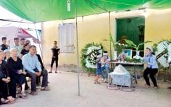 Đại tang bao trùm xóm nhỏ nơi 3 học sinh bị xe Camry đâm tử vong