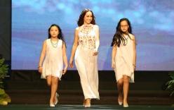 Xuân Lan dồn tất cả tiền tổ chức show diễn thời trang cho trẻ em
